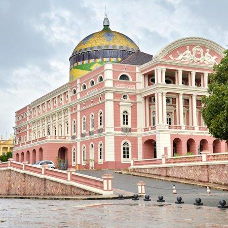 Foto do Teatro Amazonas, na cidade de Manaus