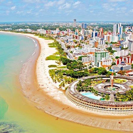 Vista aérea da Praia de Tambaú, na Paraíba