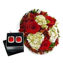 Buquê Carinho de Rosas Red & Brinco Magno Rubi
