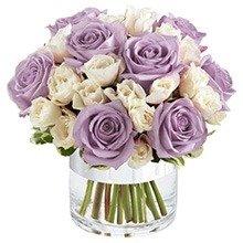 Elegante de Rosas Lilás