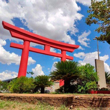 Monumento Torii em Araçatuba