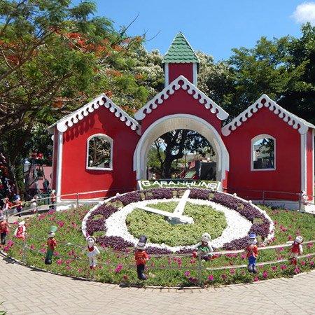 Parque do Relógio das Flores