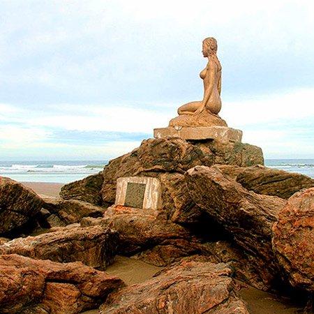 Monumento Mulheres de Areia